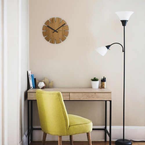 Dřevěné nástěnné hodiny do pracovny