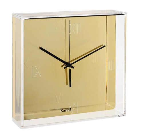 Designové zlaté nástěnné hodiny průsvitem boxu