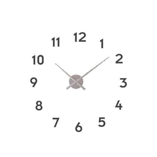 Moderní nástěnné hodiny v nadčasovém designu