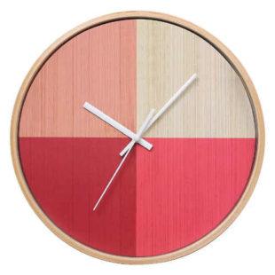 Červeno-růžové nástěnné hodiny dřevo