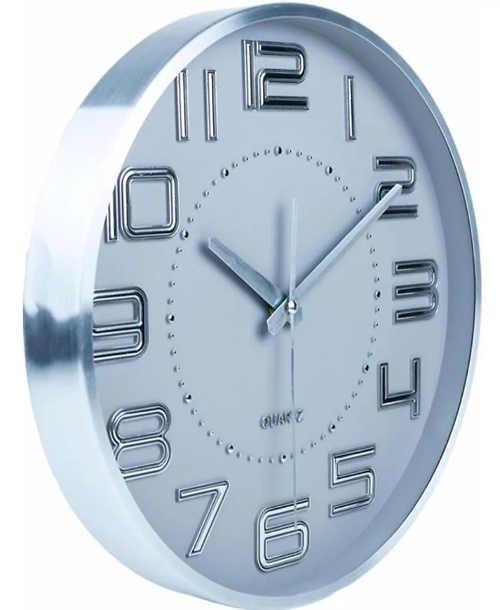 kulate-plastove-nastenne-hodiny-imitujici-kov