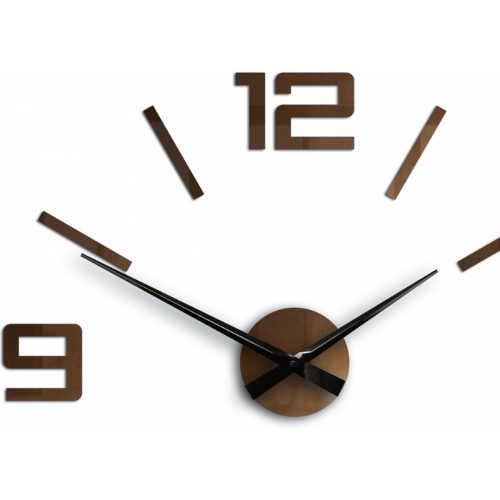 měděné nalepovací hodiny na zeď