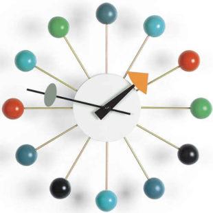 Designové nástěnné hodiny Vitra Ball Clock