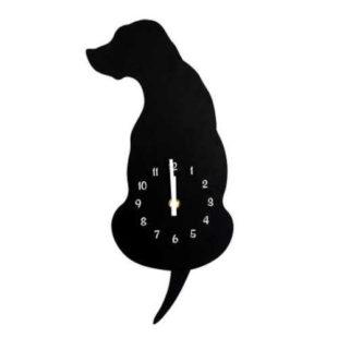 Nástěnné hodiny ve tvaru psa