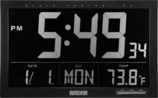Nástěnné moderní hodiny v černém provedení